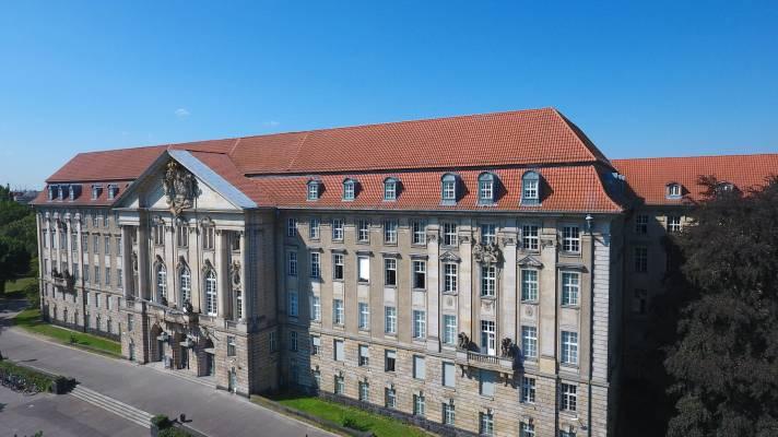Berliner Kammergericht zur Schm?hkritik auf Facebook