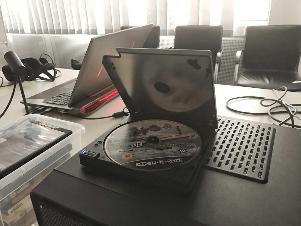 Das bei der Päsentation genutzte UHD-BD-Laufwerk von Pioneer hatte Cyberlink extra aus Japan importiert.
