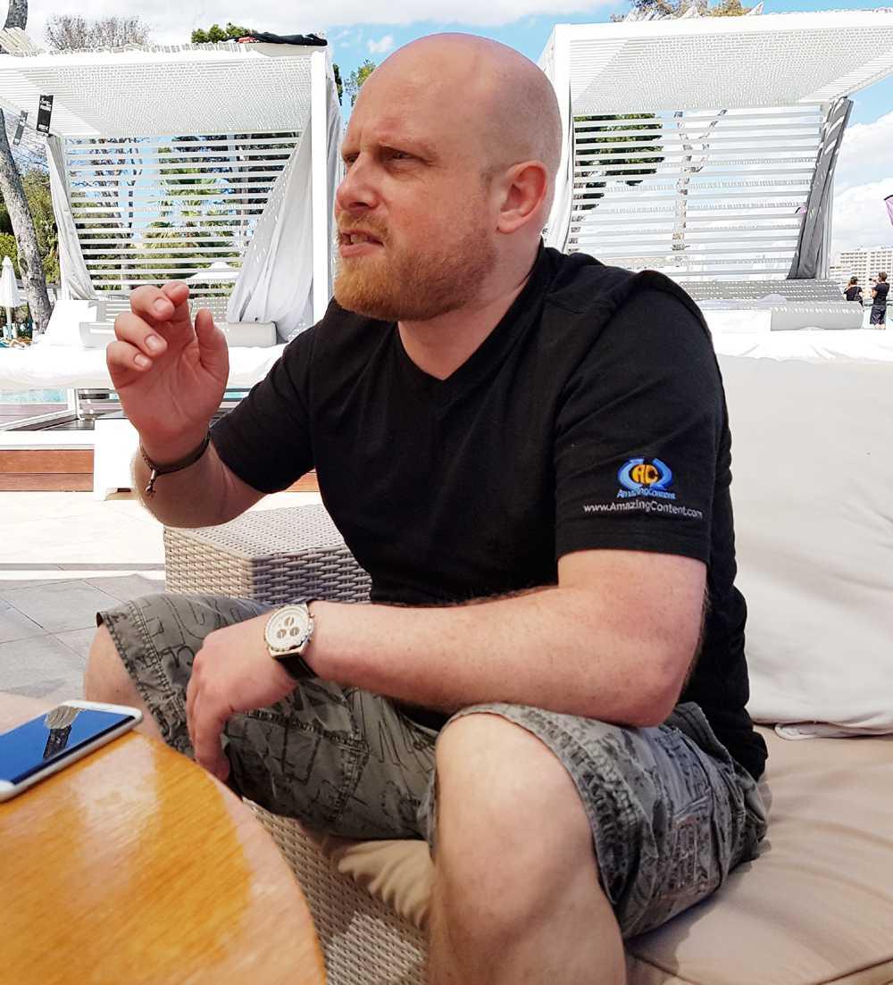 Stefan Geisler, der für den Pornoanbieter Reality Lovers produziert, sieht in Augmented Reality großes Potenzial.