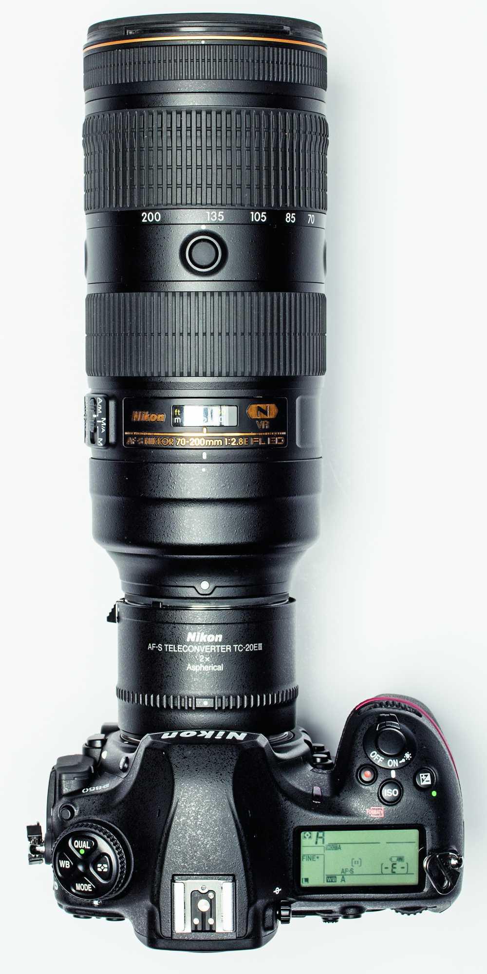 Große Brennweiten können das Fotografen-Budget enorm belasten. Eine Alternative sind Telekonverter, die Brennweite schon vorhandener Objektive vergrößert. Die Geräte mit elektrischer Verbindung zur Kamera sind schon für deutlich unter 200 Euro zu haben. Die Brennweitenvergrößerung geht allerdings zulasten der Lichtstärke: Ein  200  Millimeter  Objektiv  mit  einer Blende von f/2.8 bietet mit einem 2-fach Telekonverter eine Brennweite von 400 Millimetern, hat<br /> aber  nur  noch  eine  Blende  von  f/5.6. Einen Test zu Telekonvertern finden Sie in Ausgabe 04/2018 der c't Digitale Fotografie.