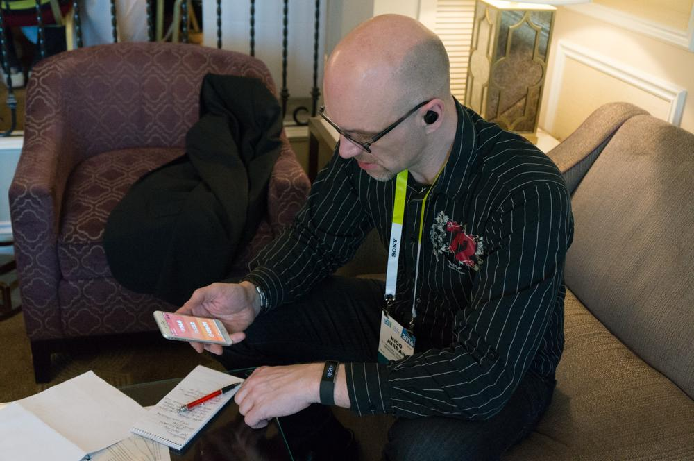 In Las Vegas konnte heise-online-Redakteur Nico Jurran nun auch die Sensorfunktionen der smarten Ohrhörer The Dash ausprobieren.