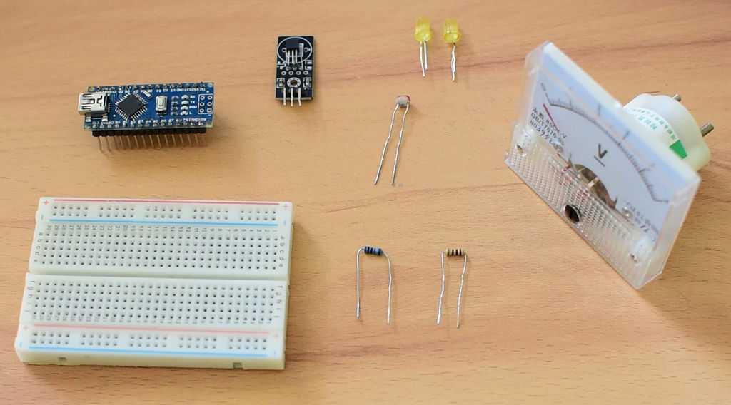 Verschiedene elektronische Bauteile