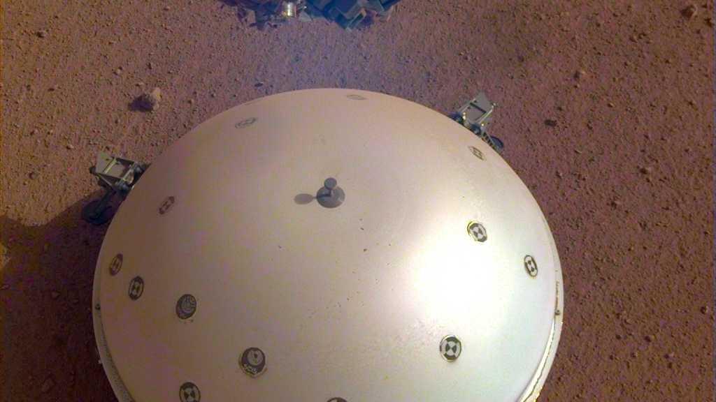Mars-Sonde Insight zeichnet wohl erstmals ein Marsbeben auf