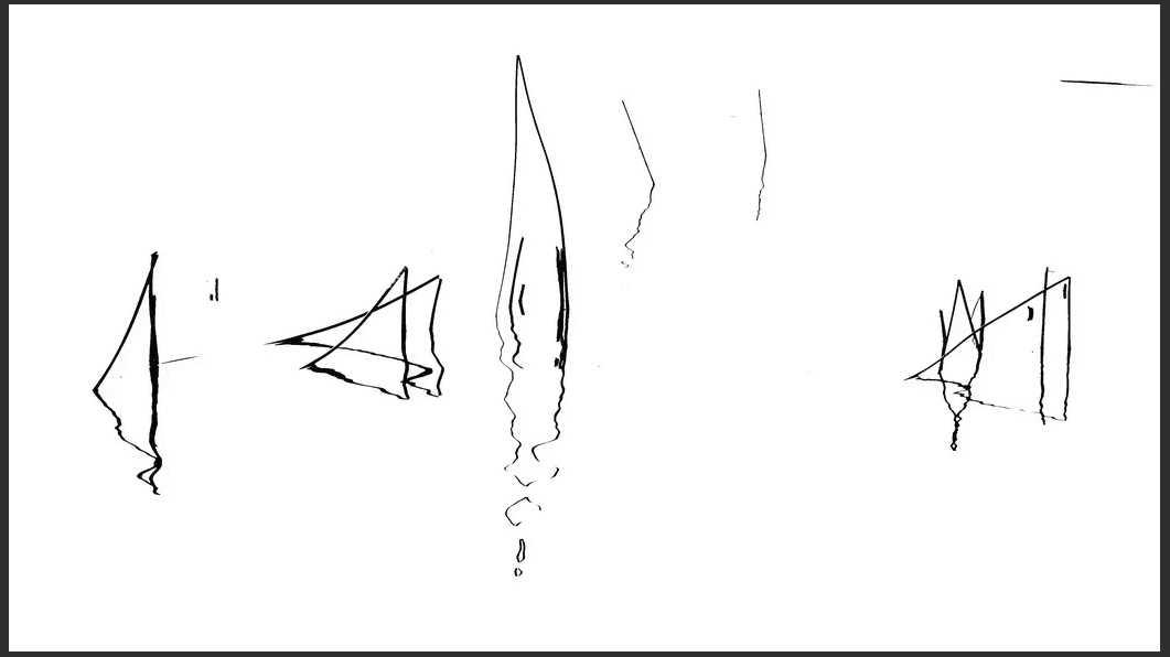 Schilfhalme im Wasser