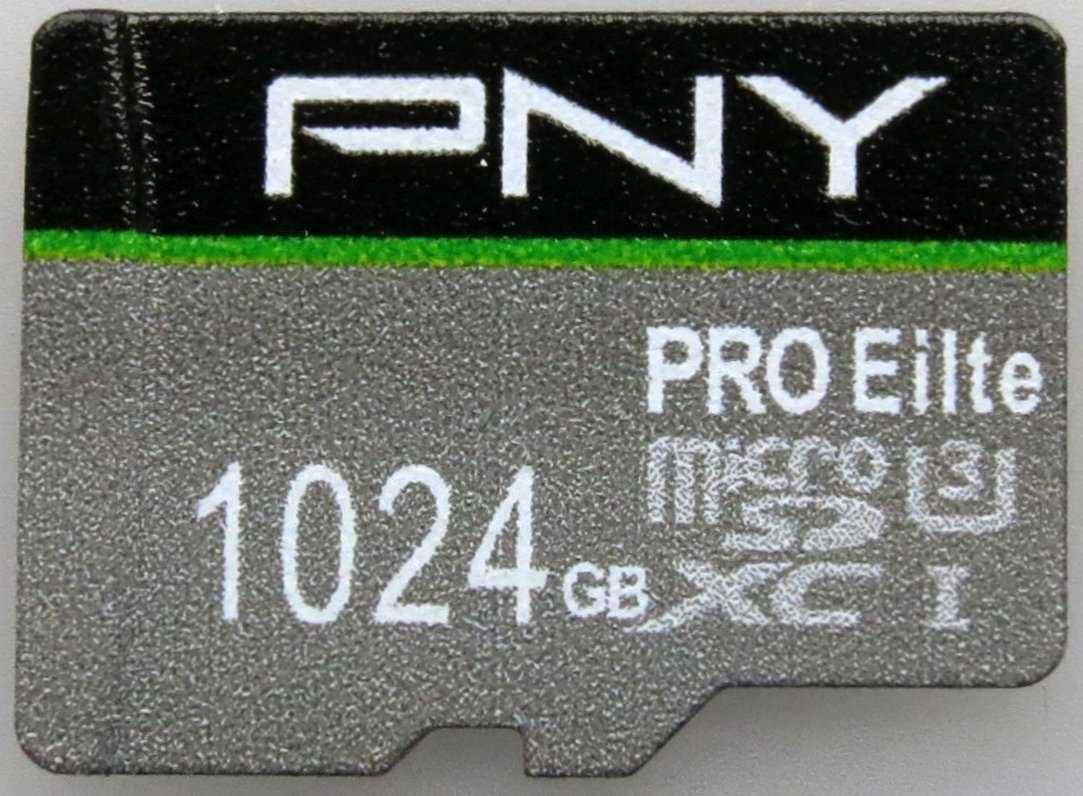 """Schlampig gefälscht: Statt PNY PRO """"Elite"""" steht """"Eilte"""" auf der Karte; auch Marke und Kapazität stimmen nicht."""