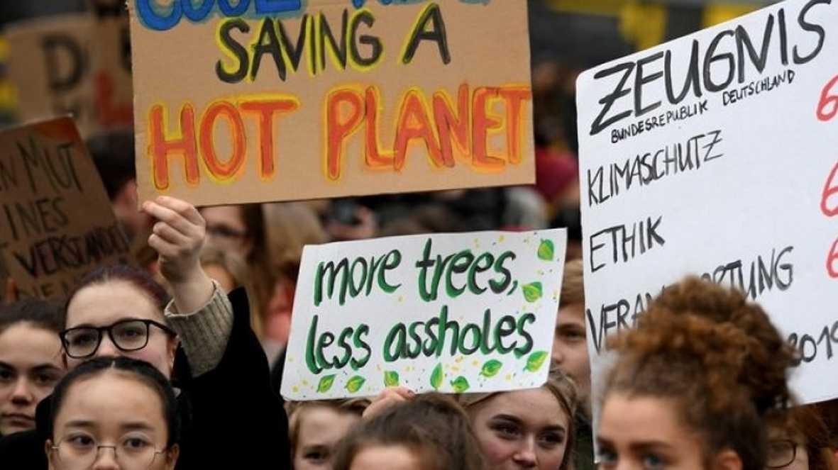 Veranstalter: Gut 300.000 bei Klimaprotesten allein in Deutschland