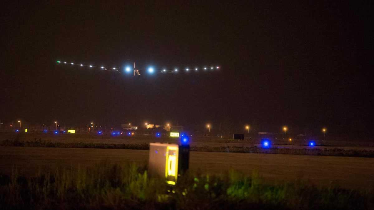 Sonnenflieger beendet 1200 Kilometer lange Etappe über China