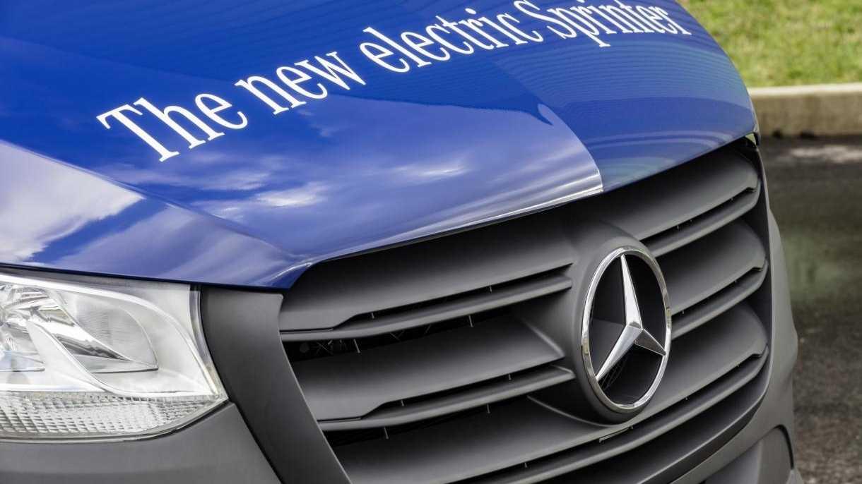 Elektroautos: Daimler und Tesla sprechen über Zusammenarbeit bei E-Vans