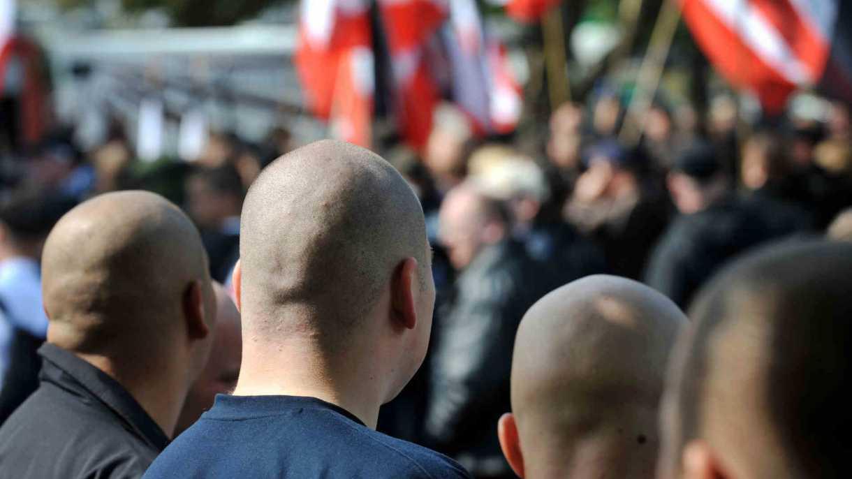 Verfassungsschutz Schleswig-Holsteins nimmt Rechte im Netz ins Visier