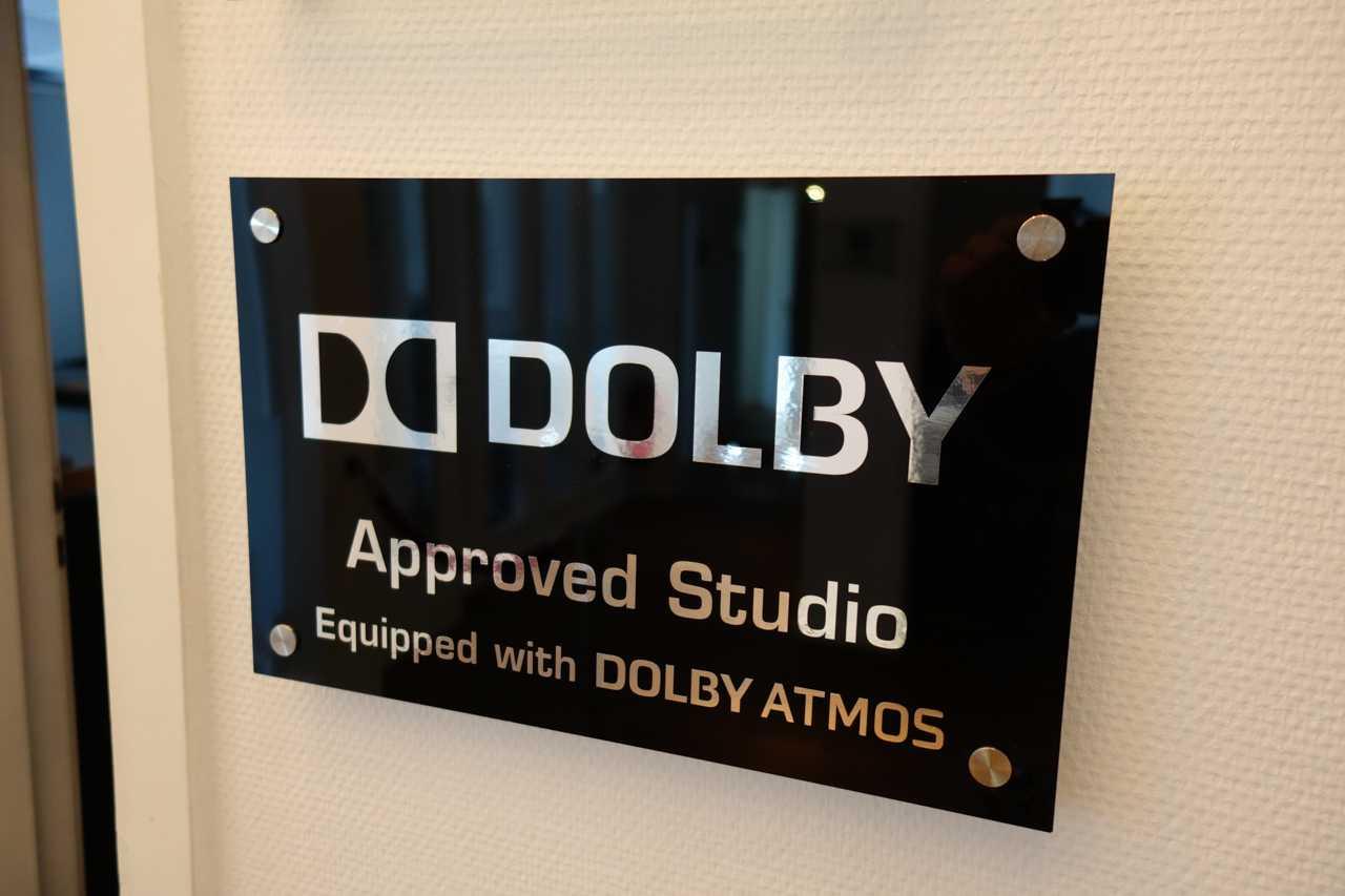 Das CSC-Studio hat eine Dolby-Atmos-Lizenz für Heimkino-Produktionen, Trailer und Werbevideos.