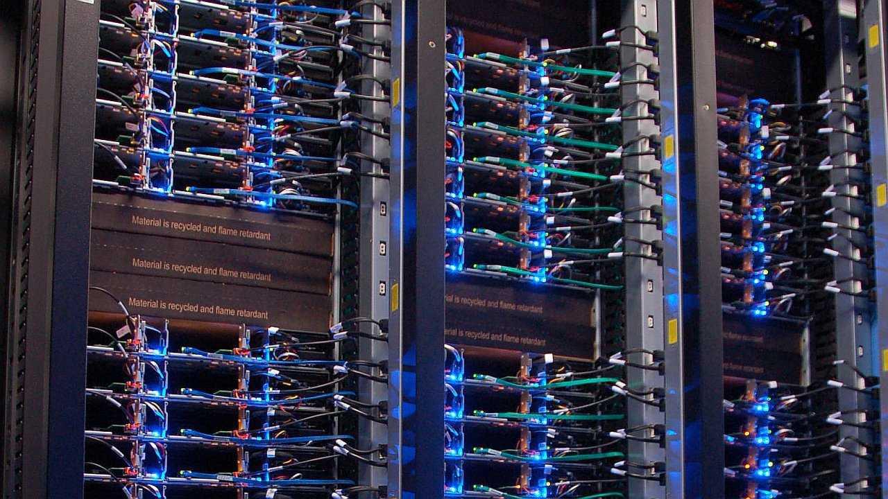 Open Compute Project: OCP-Server bei Facebook in Lulea