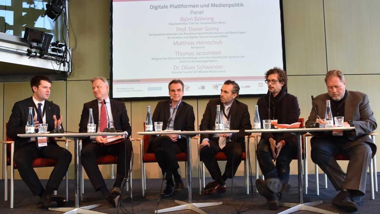 Urheberabgabe: Pauschalvergütung für Online-Plattformen scheint alternativlos
