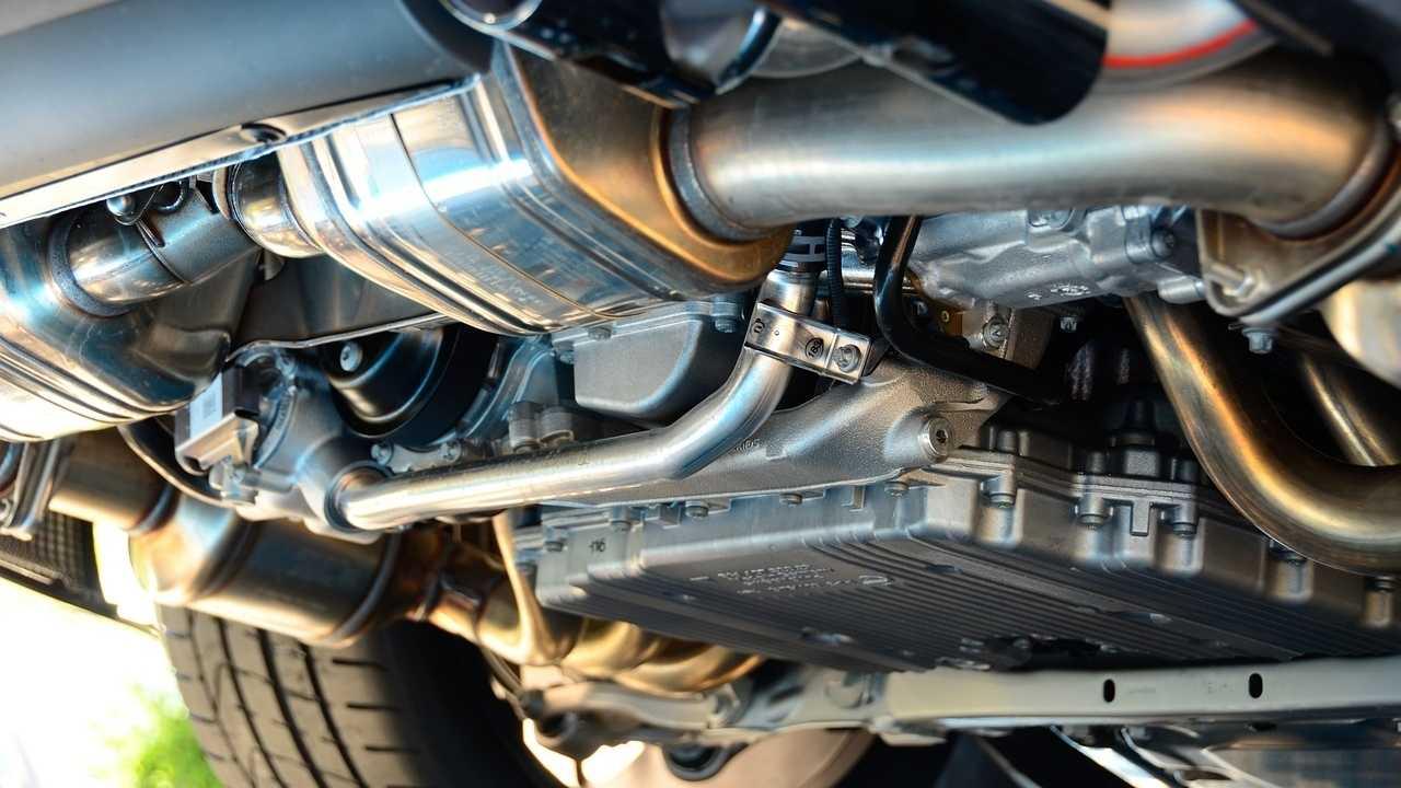 Wie teuer ist neue Abgas-Hardware? - Weiter Streit um Diesel-Kosten
