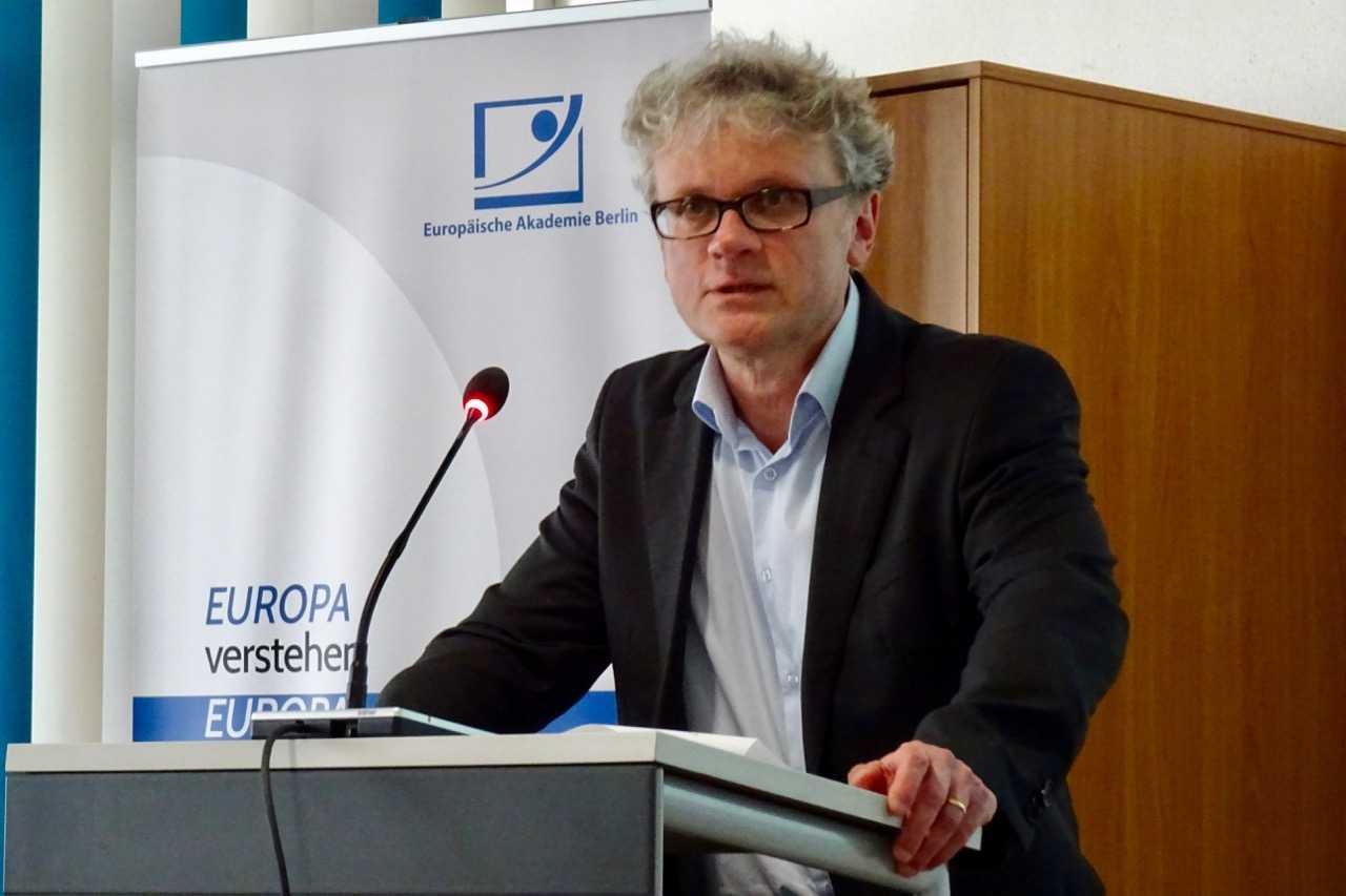 Johannes Caspar auf dem Seminar der Europäischen Akademie für Informationsfreiheit und Datenschutz