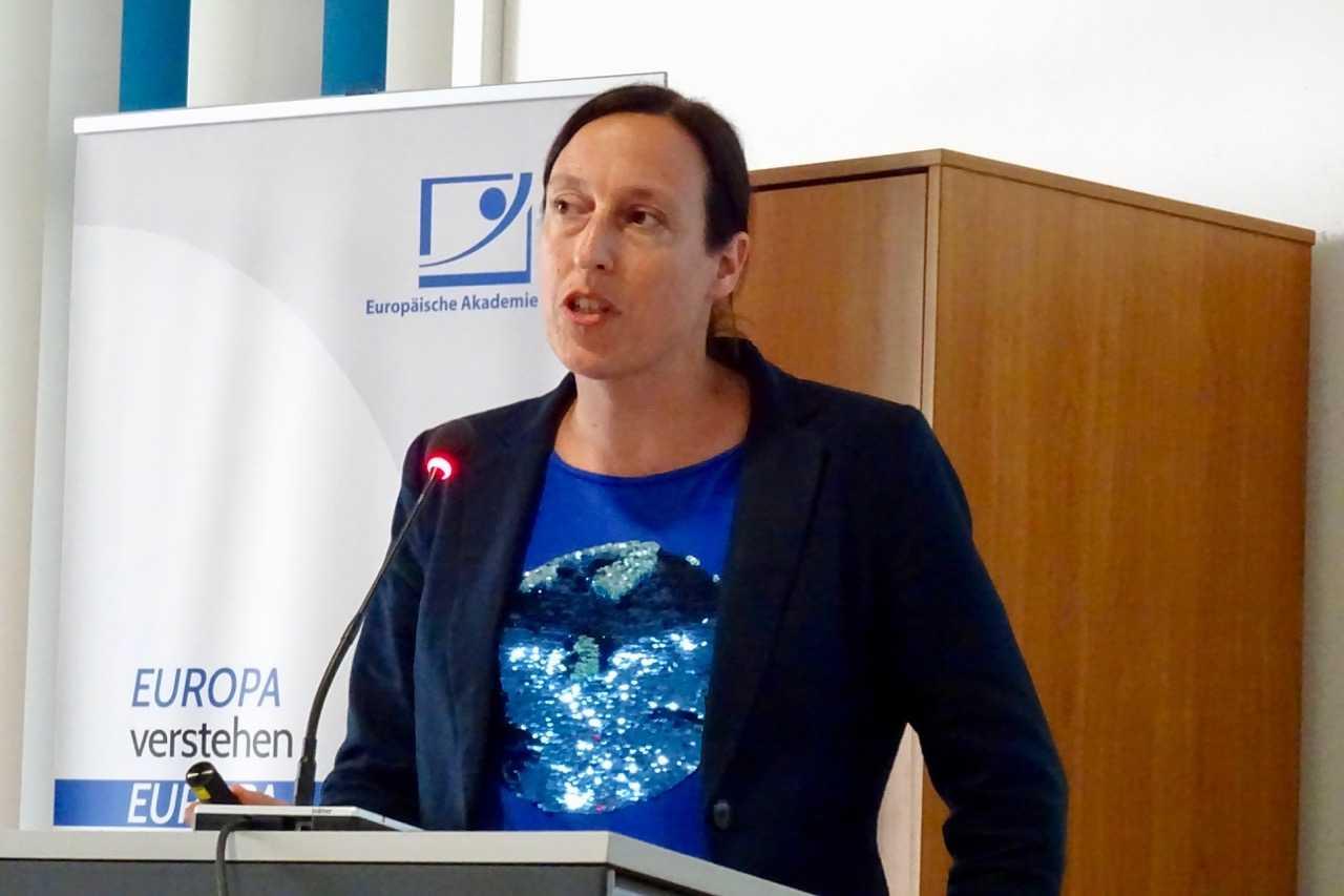 Susanne Dehmel auf dem Seminar der Europäischen Akademie für Informationsfreiheit und Datenschutz