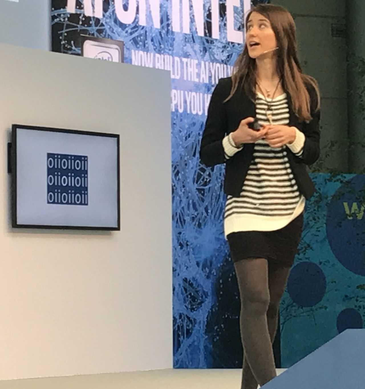 """Dr. Sandra Wachter: """"Entscheidungen von K.I. müssen nachvollziehbar sein!"""""""