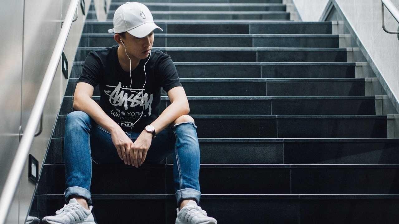 Von Sokrates zum Smartphone: Warum Menschen auf die Jugend schimpfen