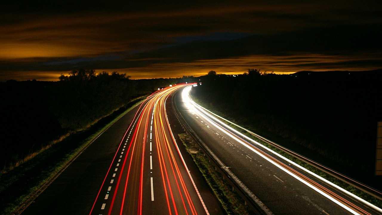 Kommentar: Beim Tempolimit auf Autobahnen schlingert der Bundesautoverkehrsminister