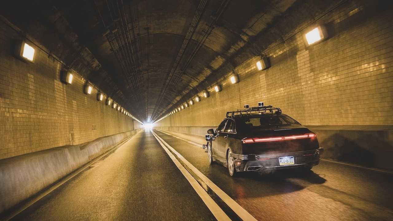 Amazon investiert in autonomes Fahren