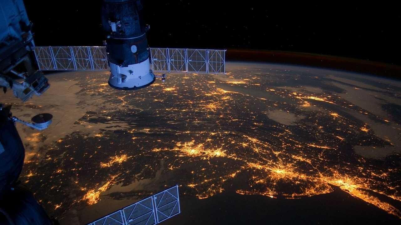 Space Force: Trump ordnet Schaffung von Weltraumstreitkräften an