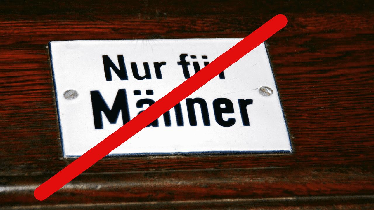 """Durchgestrichenes Foto eines Schildes """"Nur für Männer"""""""