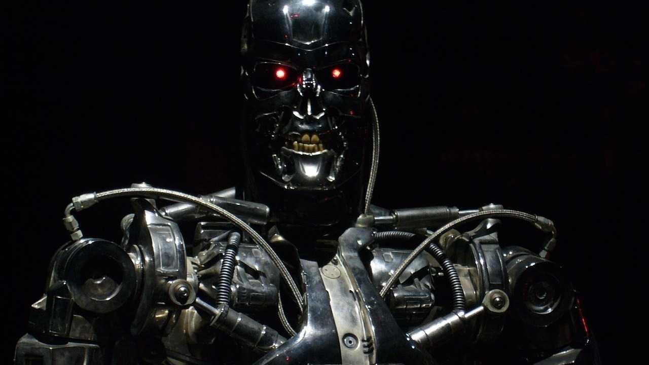 Terminator, R2-D2 und K.I.T.T. prägen Vorstellungen über Künstliche Intelligenz