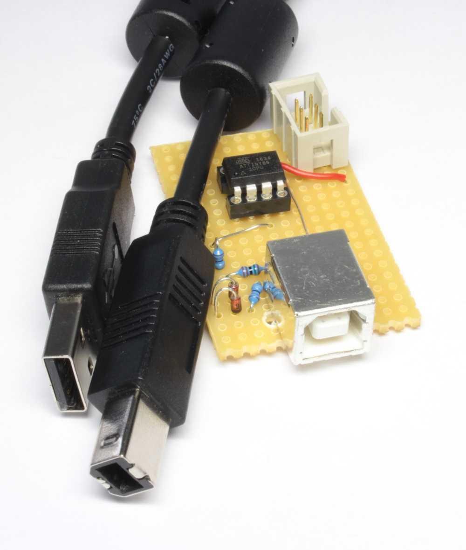 Eine selbstgebaute USB-Schnittstelle mit USB-Kabel