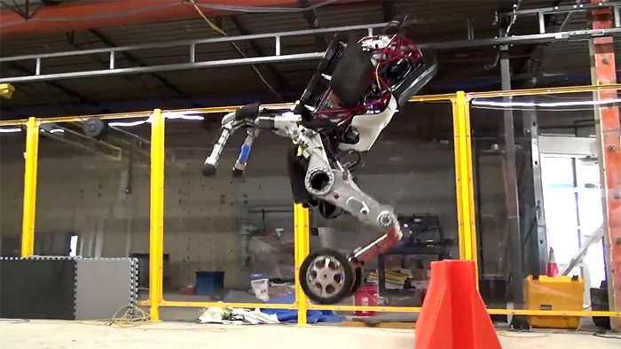 """""""Handle"""": Rollender Roboter von Boston Dynamics überspringt Hindernisse"""