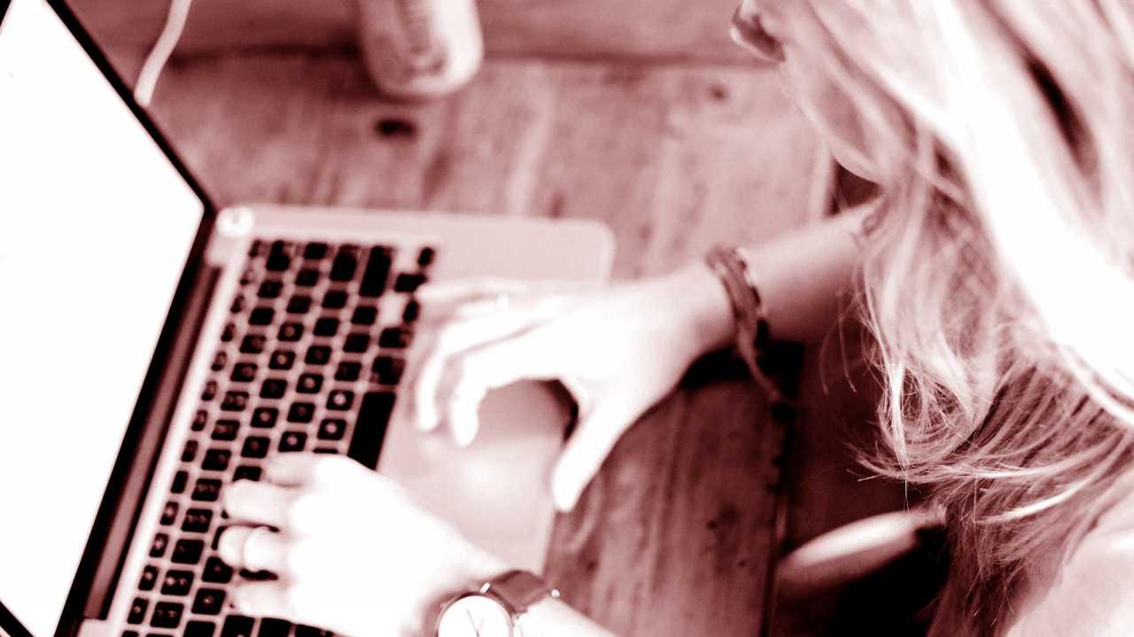 """Internetfreiheiten im Koma: Bundesregierung befürwortet """"Netzwerkdurchsetzungsgesetz"""""""