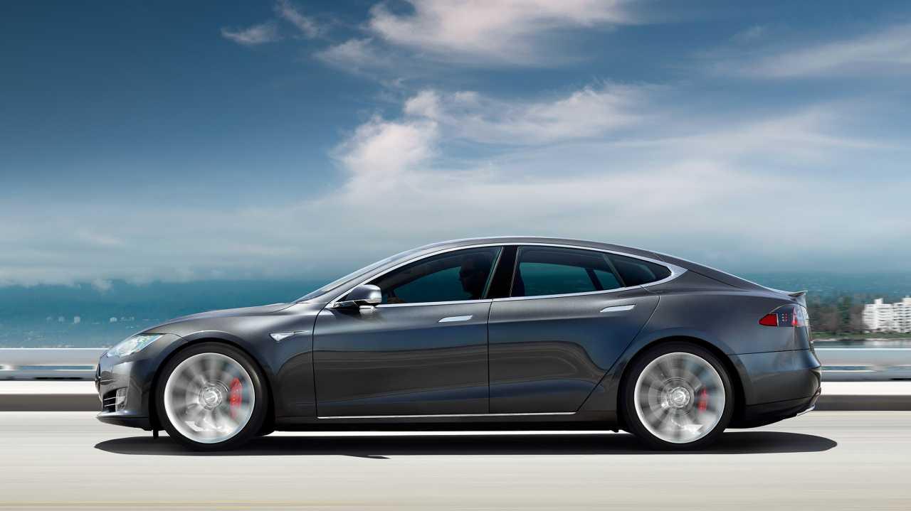 Elektroautos: Tesla ruft 53.000 Autos wegen Standbremsproblemen zurück