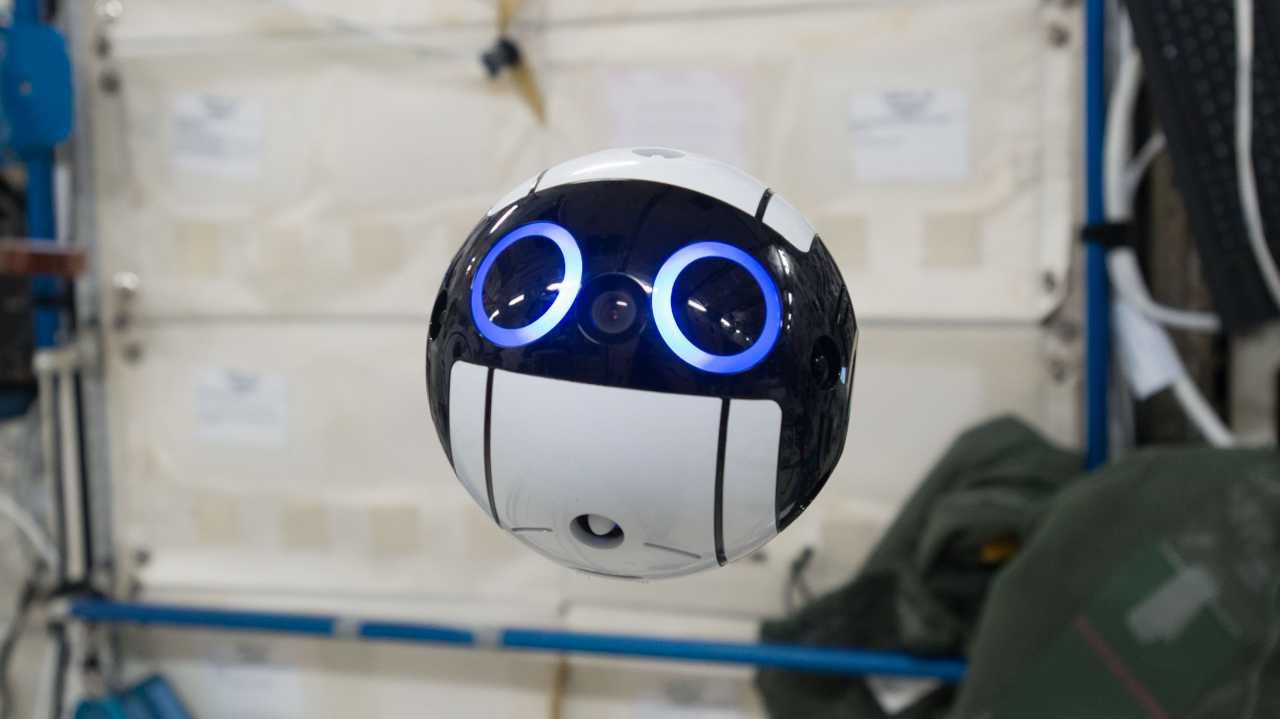 Int-Ball: Japanische Kamera-Drohne hilft auf der ISS