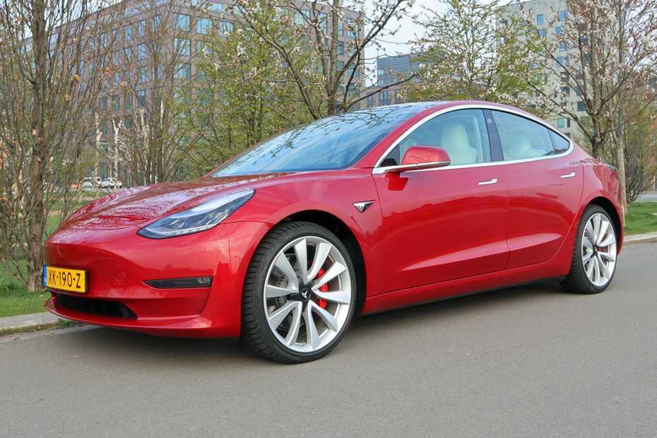 Test: Tesla Model 3 | heise Autos