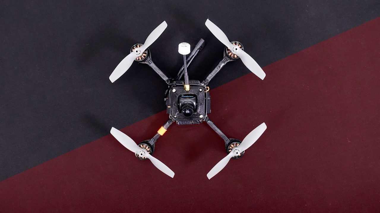 RacerX: Schnellste Drohne der Welt fliegt 289 km/h