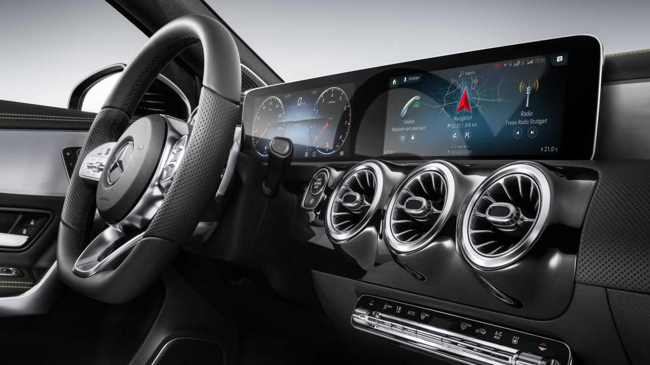 Mercedes zeigt neues InfotainmentSystem MBUX