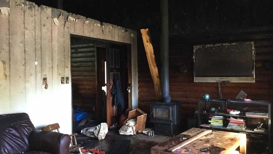 Abgebranntes Wohnzimmer