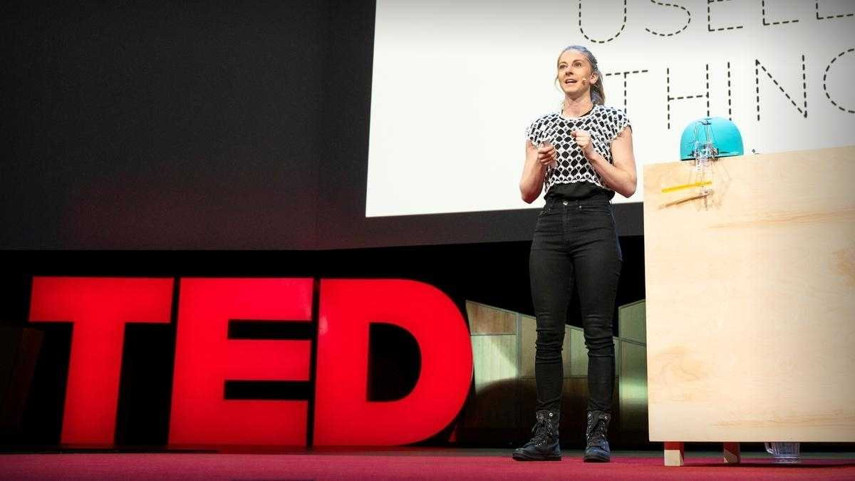 TED-Talk: Simone Giertz erklärt, warum wir mehr unnütze Maschinen bauen müssen