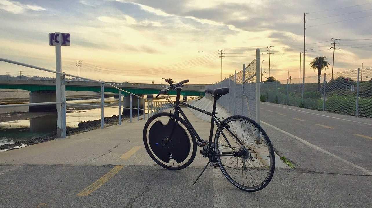 Aus Dem Fahrrad Ein E Bike Elektromotor Zum Nachrüsten Heise Online