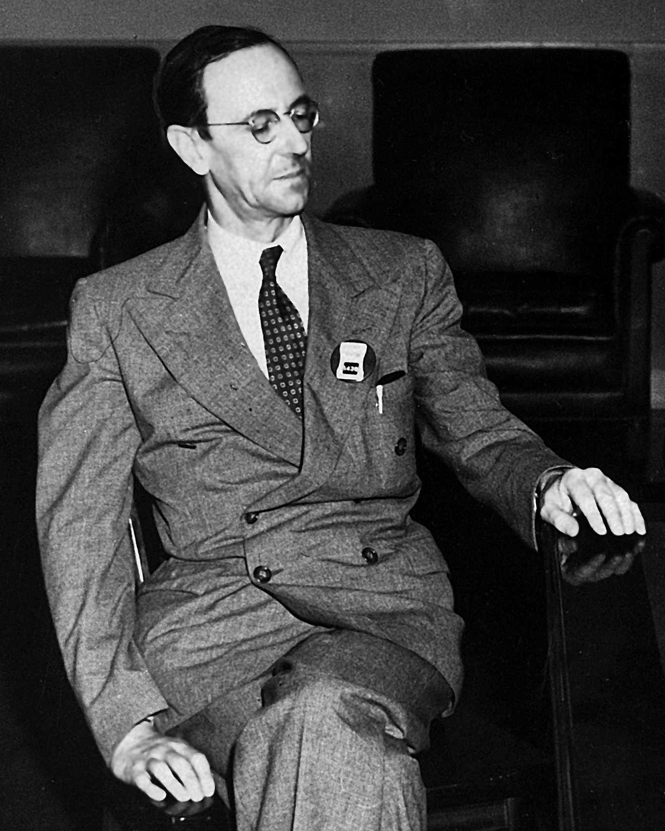 James Chadwick im Los Alamos National Laboratory während des Manhattan-Projekts, das zum Bau der ersten Atombombe führte.