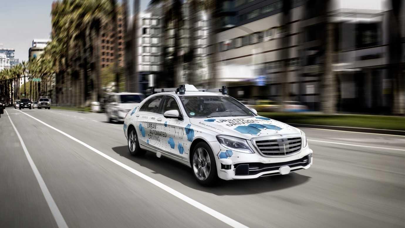 Bosch und Daimler testen fahrerlose Shuttles in San José