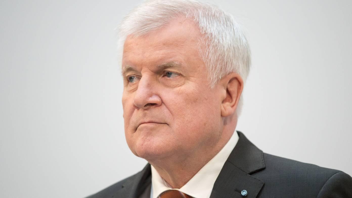 """Seehofers Online-Ausweispflicht – mailbox.org-Chef: """"Es stinkt zum Himmel"""""""
