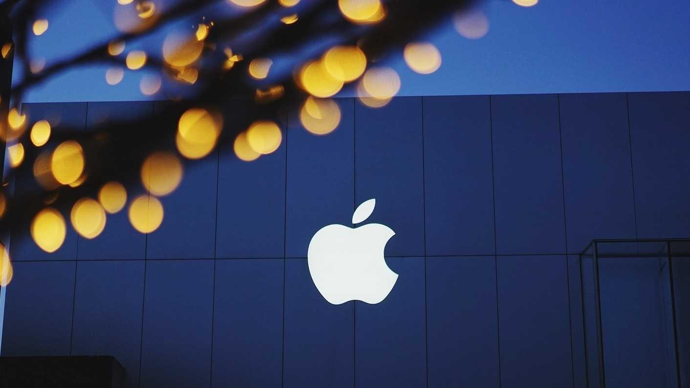 Apple als erstes Unternehmen mehr als eine Billion US-Dollar wert