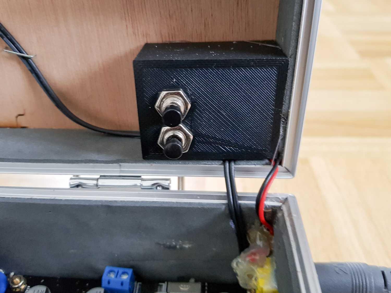 Sicherheitsschalter des Raspberr-Pi-Koffers