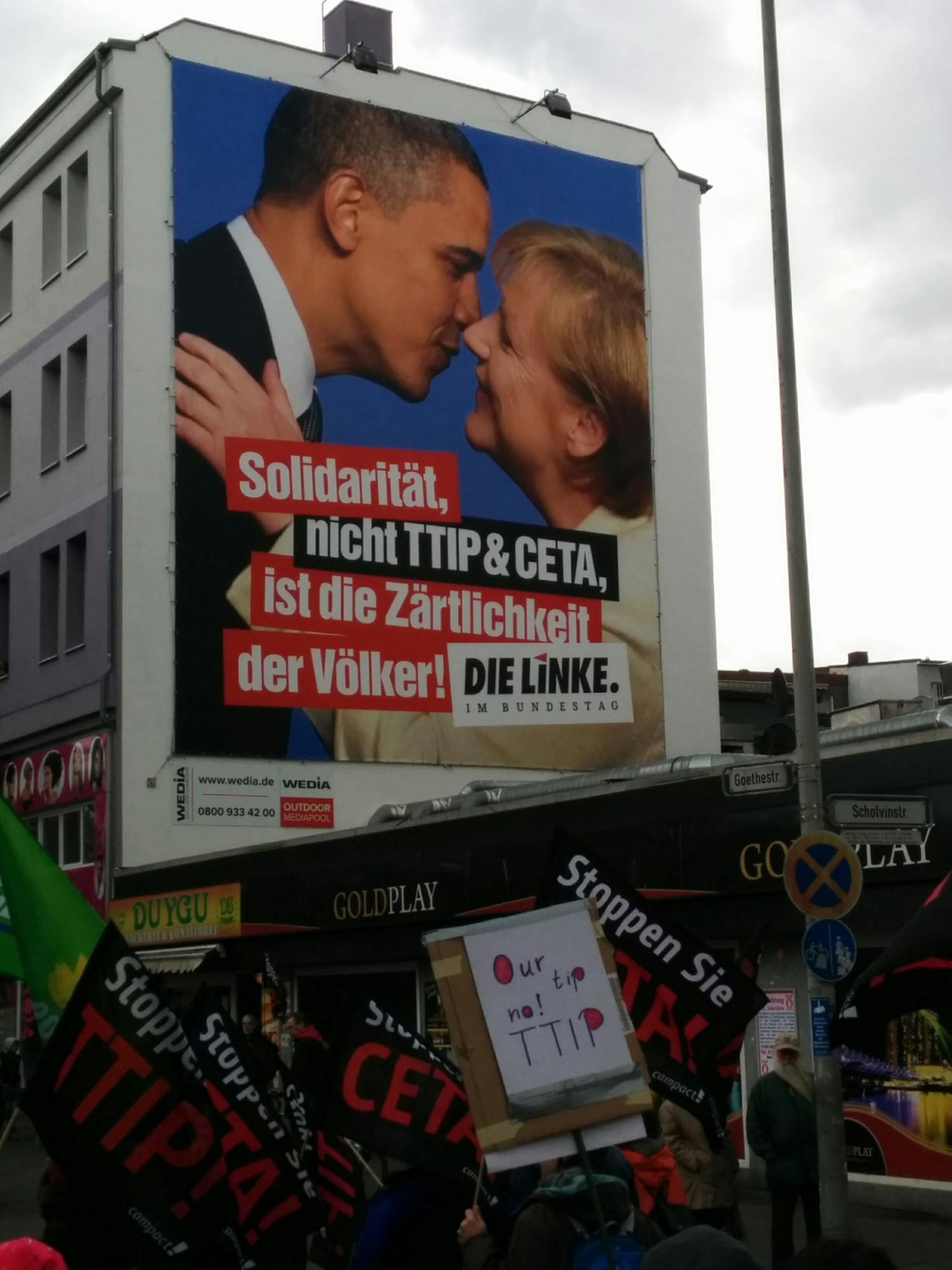 Mehr als 25.000 Menschen demonstrieren vor Obama-Besuch gegen TTIP
