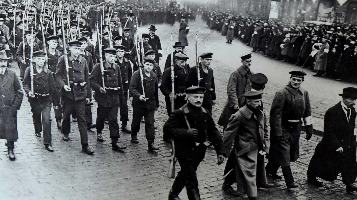 Fotos & mehr: Material zum Matrosenaufstand von 1918 wird gesucht