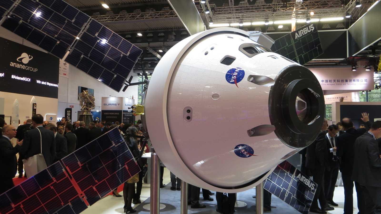 """Raumfahrtkonferenz IAC 2018: """"Wir gehen vorwärts zum Mond"""""""