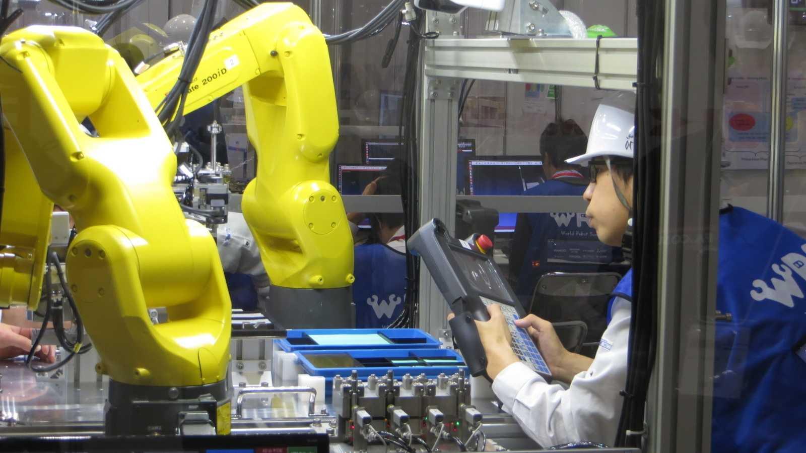 World Robot Summit: Wettkampf der Industrieroboter – Klassik gegen Moderne