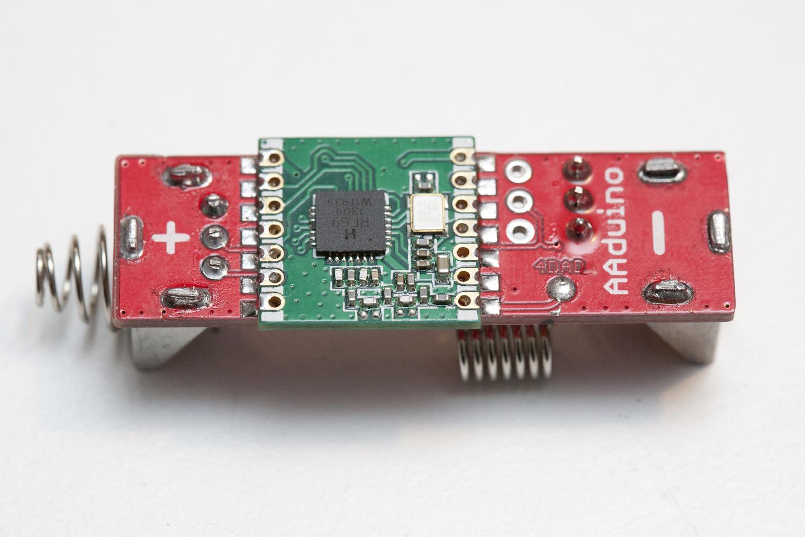 AAduino Arduino im Batterieformat
