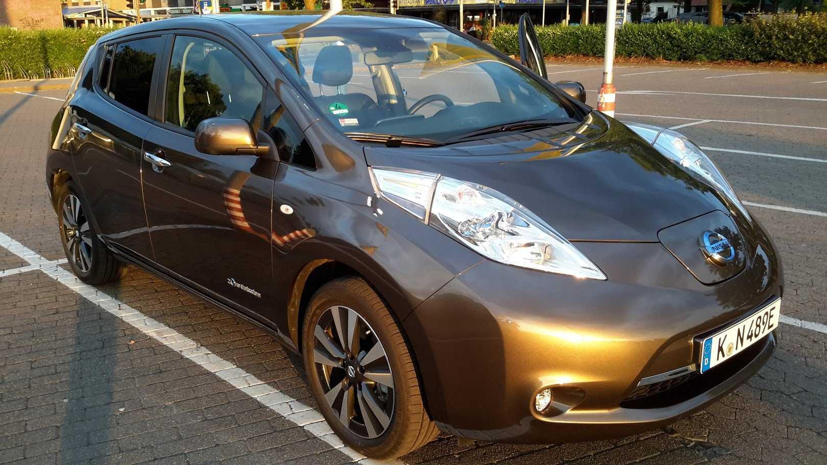 Der Nissan Leaf Tekna 30 kWh hat laut Europäischem Normfahrzyklus eine Reichweite von 250 km.