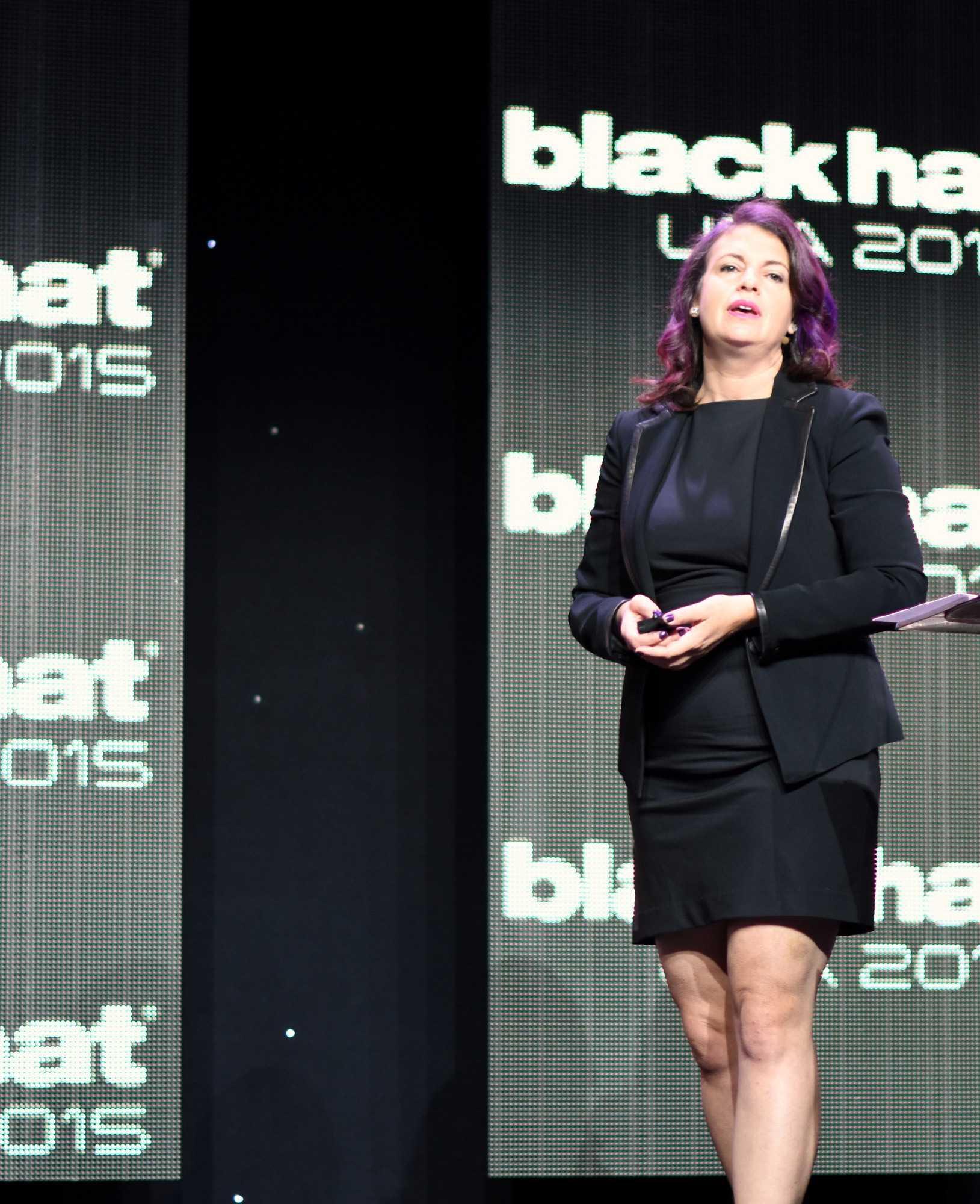 Jennifer Granick, Director of Civil Liberties am Stanford Center for Internet and Society, eröffnete die Sicherheitskonferenz Black Hat 2015.