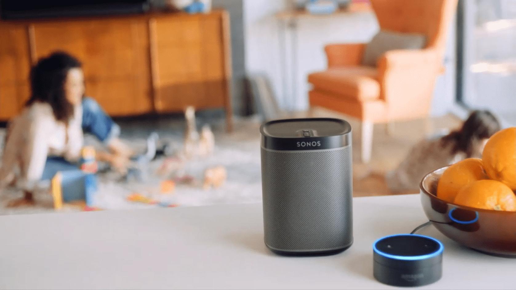 Ab 2017 soll sich das Sonos-System auch per Spracheingabe steuern lassen. Ein Echo-Device von Amazon soll die Brücke schlagen.